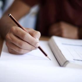 Státní závěrečné zkoušky z hlavní specializace a obhajoby diplomových prací – červen a srpen 2020