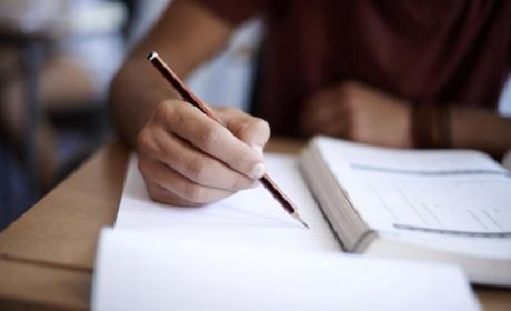 Státní závěrečné zkoušky z hlavní specializace a obhajoby diplomových prací – leden 2022